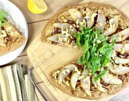caramelized onion pear pizza