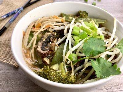 asian soba noodle soup